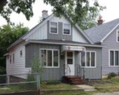 413 1st St Sw, Chisholm, MN 55719 3 Bedroom House