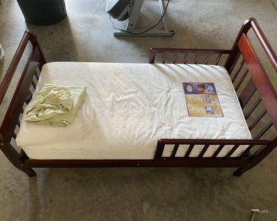 Toddler bed/mattress, FP booster seat and push toy