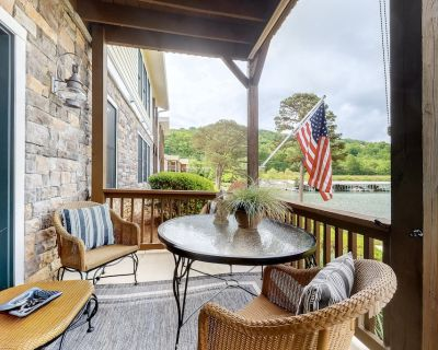 Inviting Lakefront Home w/Dock, Free WiFi, a Wood Fireplace, & Central A/C - Hiawassee