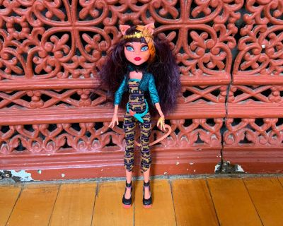 Monster High Cleolei Freaky Fusion Cleo De Nile Doll