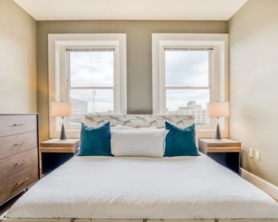 One Bedroom Apartment with King bed