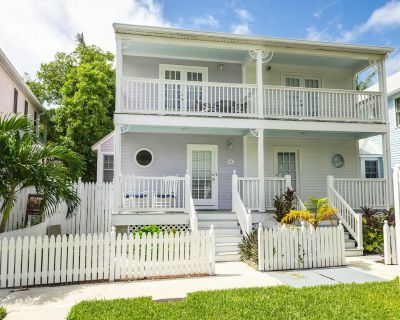 Positively Poolside - 2 Bedroom 2 1/2 Bath Townhome in Key West Golf Club - Key West