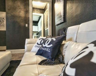 Vintage, Chanel-inspired Downtown Indy Experience - Near Northside