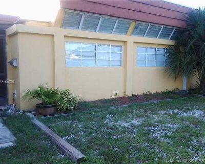 5401 NE 18th Ave  Unit: South Fort Lauderdale FL 33334