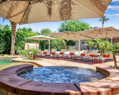 Ultimate Festival Home With 18 Beds, Sleeps 21! - Indio