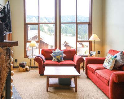 Pet Friendly 3 Bedroom Condo in Stone's Throw! - Sun Peaks