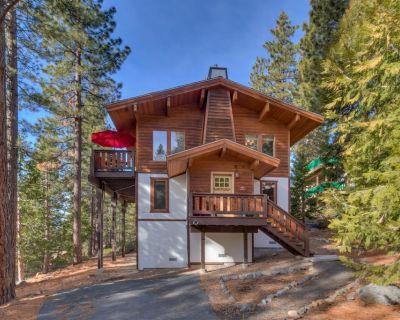 Luxury North Lake Tahoe Incline Village Summer Chalet w/ Pool, Hot Tub & Tennis - Incline Village