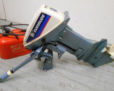 Evinrude 9.9 Hp Boat Outboard Motor And Fuel Tank In Milwaukee, Wi