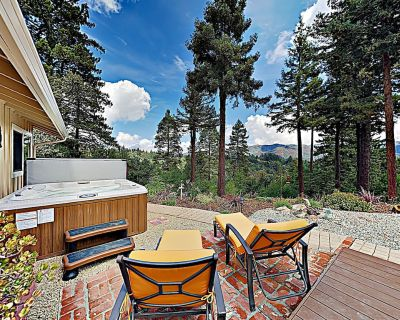Redwood Enchantment | Mountain-View Marvel | Hot Tub & Serene Outdoor Living - Los Gatos