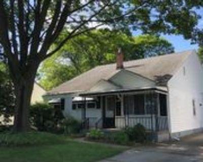 829 Robinwood Dr, Troy, MI 48083 4 Bedroom House