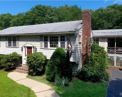 Single Family Home for sale in East Bridgewater, MA (MLS# 72872566) By Tom & Bette Dixon