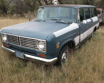 1973 International 1010 Travel All 2 Travelall Package Deal