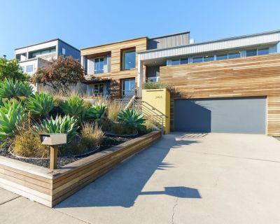Modern View Home only 1 Mile to Downtown SLO! - San Luis Obispo