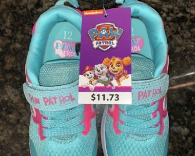 New Size 12 Girls Paw Patrol Sneakers