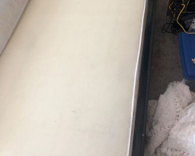 Queen mattress box springs! Have to pick up! Mattress cover! Great condition! Must sell had to downs