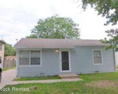 1606 E 5th Ave, Hutchinson, KS 67501 2 Bedroom House