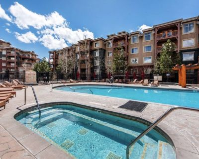 *FREE SKI RENTAL* Ski-In/ Ski-Out Luxury Retreat, Private Laundry, Includes All Resort Amenities - Park City