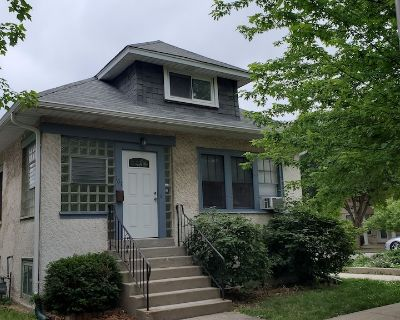 Updated Forest Park 3 BR Bungalow - Forest Park