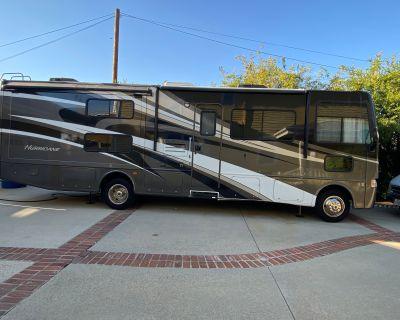 2012 Thor Motor Coach HURRICANE 31G