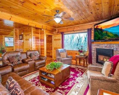 Large Private Pigeon Forge Cabin. Game Room Secluded. Comm-Pool. Hot Tub. Views. - Sevierville