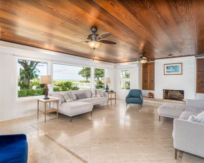 Private, Quiet Kailua Beach Front Home With Heated Pool; Sleeps up to 12 - Kailua