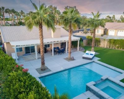 Perfect desert getaway. Private 2 bed. 2 bath pool home, completely remodeled. - Indio