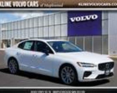 2021 Volvo S60 White, new