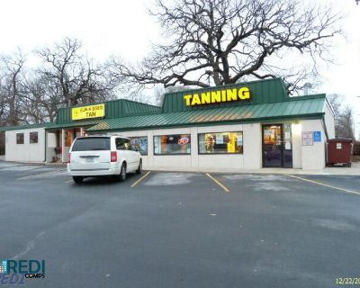 Prime Retail Corner Space Now Available for Lease