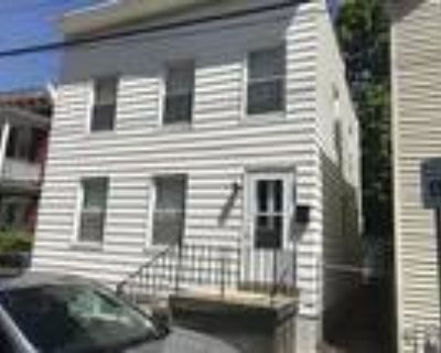 3 Rooms in a 5 Br House for Rent