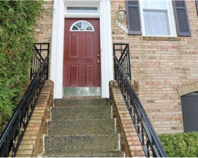 Townhouse Located in the Heart of Tysons Corner