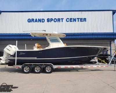 2015 Scout 300 LXF Center Console