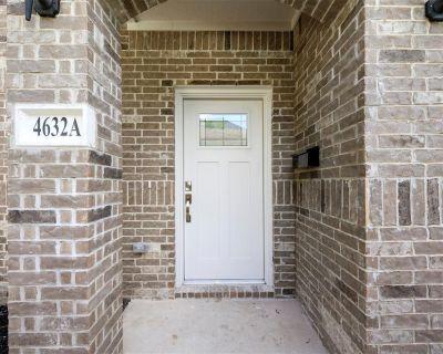 4632 Brinkley Street A, Houston, TX 77051
