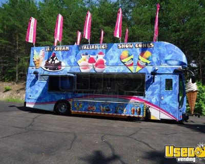 2018 Optima 30' Diesel Ice Cream & Shaved Ice Truck with 2 Support Trucks