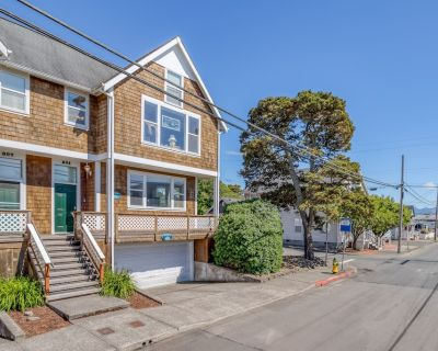 Close to Downtown Seaside, This Clean, Bright Townhome is a Sweet Retreat! - Seaside