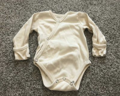Loved baby size 0/3 EUC