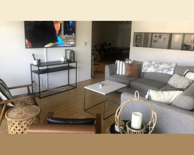 Room for rent in South Bundy Drive, West Los Angeles - Room for Rent!