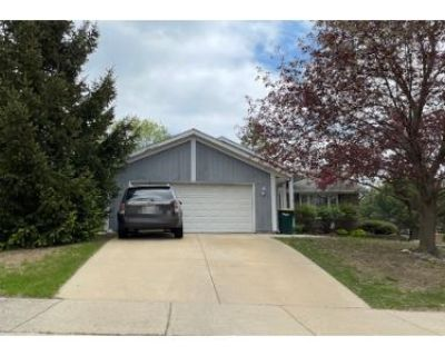 3 Bed 1 Bath Preforeclosure Property in Oak Creek, WI 53154 - E Marquette Ave