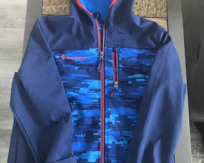 XL 10/12 free Country jacket