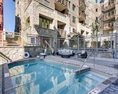Modern 3 bedroom luxury condo, steps to Eagle Bahn Gondola, dining, shopping - Vail