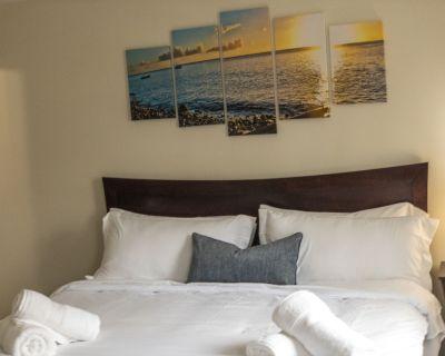 * NEW *Virginia Beach Newly remodel home A Perfect Getaway! 3 beds 2.5 baths - Virginia Beach