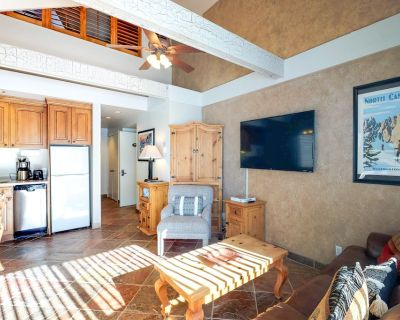 New listing! Ski-in/ski-out loft condo w/ shared pool, hot tub, & gym - Park City