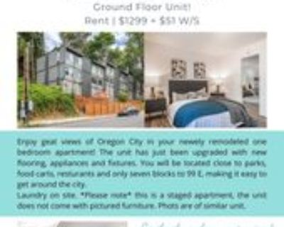911 15th Street #3, Oregon City, OR 97045 1 Bedroom Apartment