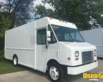 2007 Workhorse W42 Utilimaster 18' Step Van/Step Van for Conversion