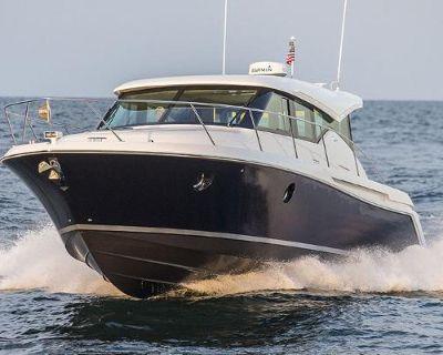 2022 Tiara Yachts C39 Coupe