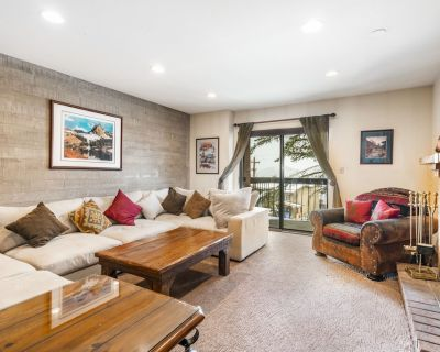 NEW LISTING! Walk From Your 2-Bedroom Condo to Skiing - Downtown Park City