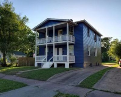 2419 State St #A, Granite City, IL 62040 2 Bedroom House