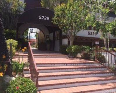 5229 Balboa Blvd #15, Los Angeles, CA 91316 2 Bedroom House