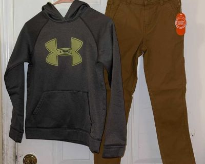 Boys under armor sweater and pair of pants Sz 10