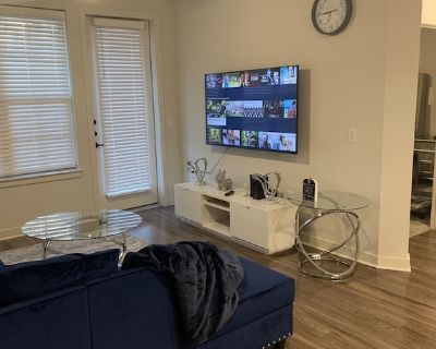 1 bedroom luxury apartment with a lot space - Addison