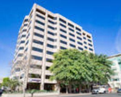 Pasadena, Get 320sqft of private office space plus 540sqft